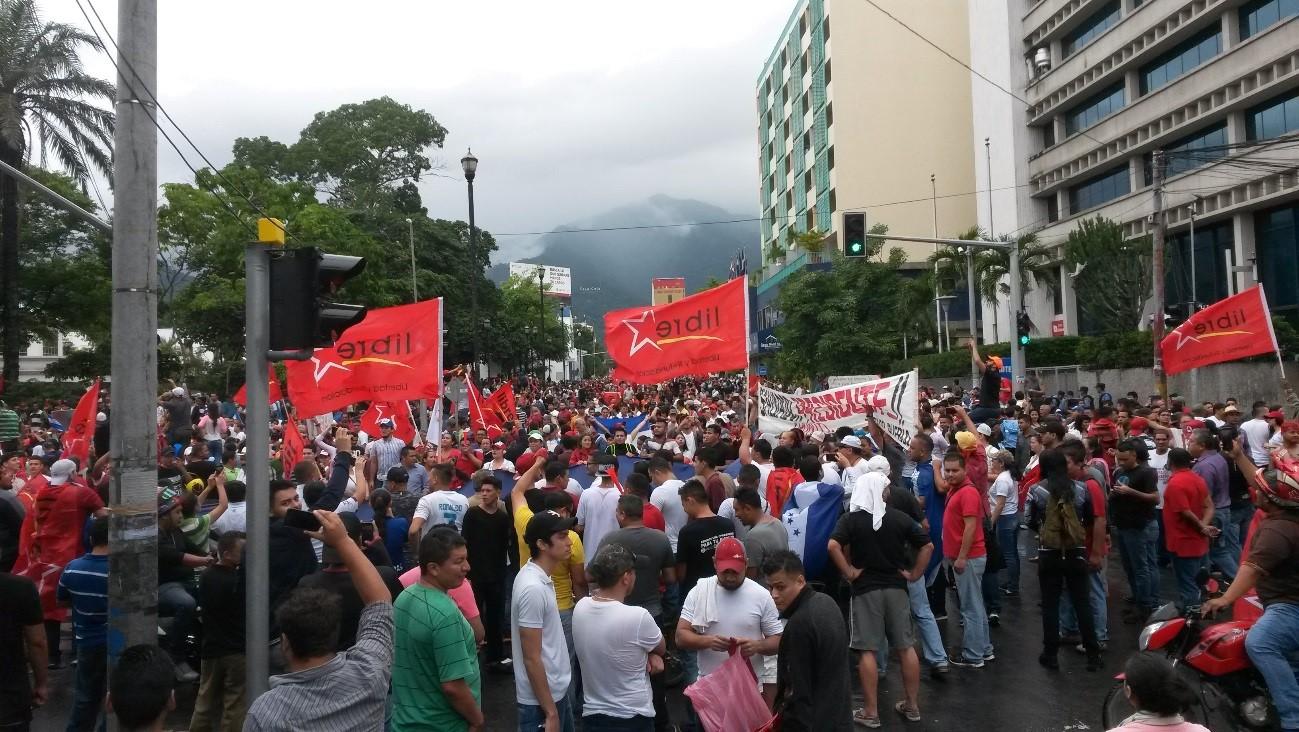 Dictadura que busca seguir cercenando el Movimiento Sindical de Honduras.